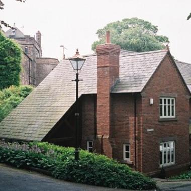 Walmoor House
